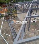 钢结构的屋架如何盖树脂瓦更